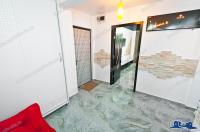 Agentia imobiliara FAMILIA va prezinta oferta de vanzare a unui apartament decomandat cu 2 camere situat in Galati, Micro 13 (langa supermarketul Billa)
