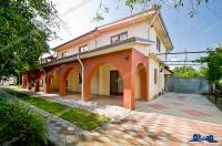 Agentia imobiliara Alexis va propune spre cumparare un imobil tip vila situat in Galati, pe Str. Traian/DN26, zona Viva Club