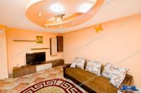 Agentia imobiliara Loyal House va propune spre inchiriere un apartament cu doua camere decomandate situat in Galati, cartier Mazepa 2