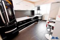 Agentia imobiliara CREDIT EXPERT va prezinta oferta de inchiriere a unui apartament decomandat cu 2 camere situat in Galati, zona Micro 18, in apropiere de Spitalul Judetean