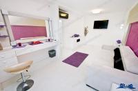 Agentia imobiliara Loyal House va pune la dispozitie in regim hotelier un apartament cu o camera situat in Galati, cartier I.C. Frimu, Str. Olanesti