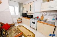 Agentia Imobiliara CREDIT EXPERT va prezinta spre cumparare un apartament decomandat cu 2 camere situat in Galati, zona Micro 20, etaj 4/5.