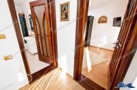Agentia imobiliara LOYAL HOUSE va propune spre vanzare o casa situata in Galati, cartier Micro17