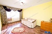 Agentia Imobiliara CREDIT EXPERT va prezinta spre cumparare un apartamnent decomandat cu 2 camere situat in Galati, cartier Micro 17