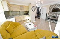Agentia Imobiliara Deluxe va face cunoscuta oferta de vanzare a unui apartament cu 3 camere decomandate, situat in Galati, cartier Piata Centrala
