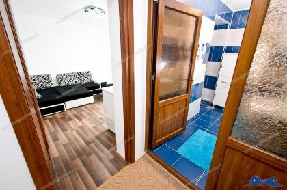 Agenția Imobiliara DELUXE va face cunoscuta oferta de vânzare a unei case situate in Galati, in zona parcului CFR, singura in curte