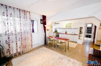 Vanzare apartament 3 camere in Galati, Micro 21, etaj intermediar, centrala, AC, mobilat