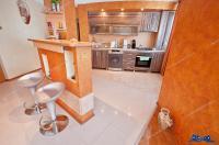 Vanzare apartament 3 camere mobilate in Galati, zona Piata centrala, mobilat
