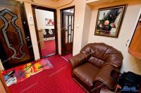 Vanzare apartament 2 camere (extins la 3 camere) in Galati, IC Frimu, parter, mobilat