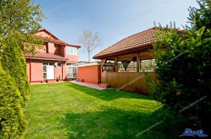 O vila foarte frumoasa de vanzare in zona de Nord a orasului Galati, foarte aproape de Bariera Traian.