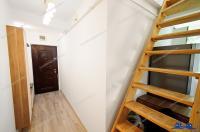 Mansarda situata in Galati, cartier Micro 21 se vinde asa cum o vedeti in fotografii, complet utilata si mobilata