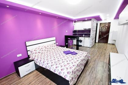 Se inchiriaza in regim hotelier un apartament cu o camera situat in Galati, Tiglina 1, vis a vis de Orange Shop, cu acces direct din Str. Brailei