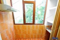 Agentia Imobiliara DELUXE va aduce la cunostinta oferta de ivanzare a unui apartament decomandat cu 2 camere situat in Galati, zona Siderurgistilor