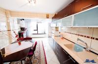 Agentia Imobiliara DELUXE va aduce la cunostinta oferta de inchiriere a unui apartament cu 2 camere decomandate situat in Galati, zona Faleza Dunarii