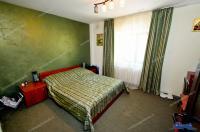 Agentia imobiliara Alexis va propune spre cumparare un apartament decomandat cu 4 camere situat in Galati, zona IC Frimu (la S-uri)