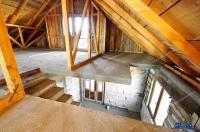 Agentia imobiliara LOYAL HOUSE va propune spre vanzare o casa Parter + Mansarda localizata intr-o zona linistita a comuna Sendreni