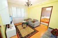 Va prezentam oferta de vanzare a unui apartament cu trei camere semidecomandate situat in Galati, la cateva zeci de metri de capatul troleului din Micro 19