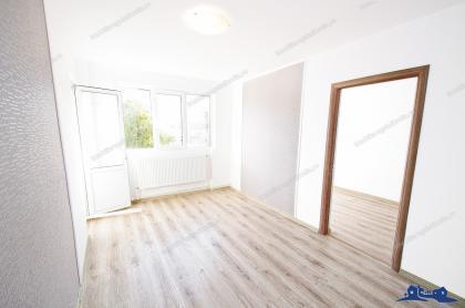 Agentia imobiliara AcasA va propune spre cumparare un apartament cu 3 camere semidecomandat situat in Galati, zona Micro 39