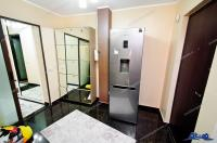 Agentia imobiliara PRIMA CASA va prezinta oferta de vanzare a unui apartament decomandat cu 3 camere situat in Galati, zona IC Frimu