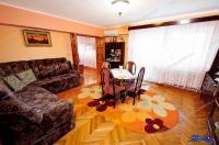 Agentia Imobiliara AcasA  va propune spre cumparare un apartament cu 4 camere decomandate situat in Galati, zona Ultimul Leu-Casa Rosie