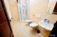 Agentia Imobiliara Deluxe va aduce la cunostinta oferta de vanzare a unei case situata in Galati, in zona Micro 14