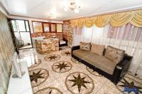 Agentia imobiliara PRIMA CASA va prezinta oferta de vanzare a unei case Parter + Etaj situata in Galati, zona Parc CFR