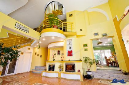 Agentia imobiliara DELUXE va prezinta oferta de vanzare a unei vile situate in Galati, Ultimul Leu