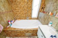 Va prezint oferta de vanzare a unei vile amenajata la cheie, complet utilata si mobilata in 2018, situata in Galati, zona Arcasilor -  Brates Lake