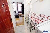Agentia Imobiliara DELUXE va aduce la cunostinta oferta EXCLUSIVA de vanzare a unui apartament cu 1 camera situat in Galati, zona Centrala in imediata apropiere a Hotelului Galati si la mica distanta de Faleza Dunarii