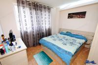 Agentia Imobiliara DELUXE va aduce la cunostinta oferta EXCLUSIVA de vanzare a unui apartament decomandat cu 2 camere, situat in Galati, cartier Micro 18