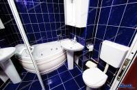 Agentia imobiliara Alexis va propune spre cumparare un apartament cu 3 camere situat in Galati, zona Micro 17, stradal