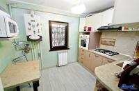 Agentia imobiliara Alexis va propune spre cumparare un apartament compus din patru camere decomandate situat in Galati, zona ICF-Nae Leonard
