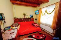 Agentia imobiliara LOYAL HOUSE va propune spre vanzare o proprietate situata in com. Vanatori (jud. Galati), strada principala (la DN26)