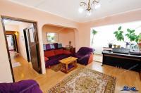 Vanzare apartament 3 camere dec. in Galati, Micro 20, sup. 70 mp, centrala termica
