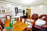Agentia Imobiliara Familia va propune spre vanzare un apartament cu 3 camere decomandat situat in Galati, cartier IC Frimu (zona CIN-CIN)