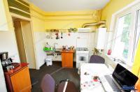 Agentia imobiliara AcasA va propune spre cumparare un apartament cu o camera situat pe str. Frunzei in cartierul Micro 17