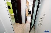 Agentia Imobiliara Familia va prezinta oferta de vanzare a unui apartament decomandat cu 2 camere situat in Galati, cartier IC FRIMU