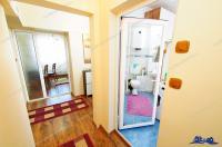 Agentia imobiliara LOYAL HOUSE va propune spre cumparare un apartament cu doua camere decomandate situat in Galati, cartier Micro 17 (in spate la PENNY MARKET)