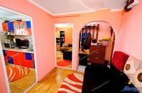Va prezentam oferta de vanzare a unui apartament decomandat cu 2 camere situat in Galati, Micro 20, sup. 55 mp