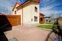 Agentia IMOBILIS va prezinta oferta de vanzare a unei vile aflata in intravilanul comunei Sendreni, judet Galati, in apropierea soselei DN2B