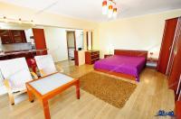 Agenția Imobiliara DELUXE va aduce la cunoștință oferta de închiriere a unui apartament decomandat cu o camera situat in Galati, pe Faleza Dunarii