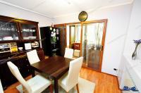 Agentia Imobiliara Familia va propune pentru cumparare un apartament cu 3 camere decomandat situat in Galati, cartier Tiglina I, zona Rondou (Ultimul Leu)