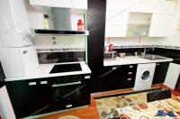 Agentia Imobiliara DELUXE va prezinta Oferta EXCLUSIVA de inchiriere a unui apartament cu 2 camere situat in Galati, Tigina 2