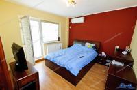 Va prezentam oferta de vanzare a unui apartament decomandat cu 3 camere complet mobilat si utilat