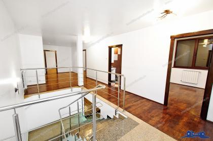Va prezentam oferta de vanzare a unui imobil P+1 situat in Galati, zona Gradina Publica.