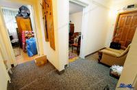 TOTAL IMOBILIARE va prezinta oferta de vanzare a unui apartament decomandat cu 3 camere situat in Galati, Mazepa 1
