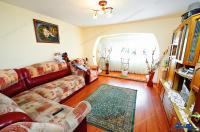 Agentia Imobiliara Familia va propune spre cumparare un apartament cu 2 camere decomandate situat in Galati, cartier Micro 20, zona Tapul Carpatin