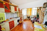 Agentia imobiliara AcasA va prezinta oferta de vanzare a unui apartament cu 2 camere decomandate situat in Galati, zona IC FRIMU