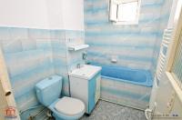 Va prezentam oferta de vanzare a unui apartament doua camere decomandate, cu centrala termica, situat in Galati, Micro 20