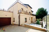 PROACTIV IMOBILIARE va prezinta oferta de inchiriere a unei vile cu panorama de exceptie situata in Galati, zona Faleza, cu vedere spre Dunare